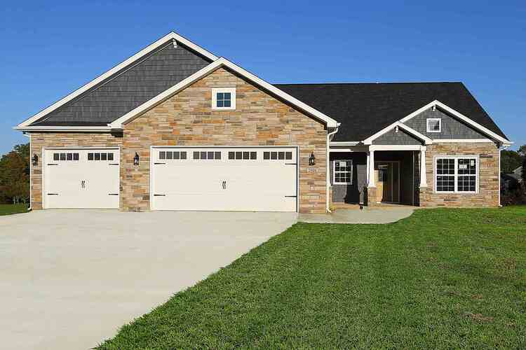 2006  Maple Leaf Drive Kokomo, IN 46902 | MLS 202040820