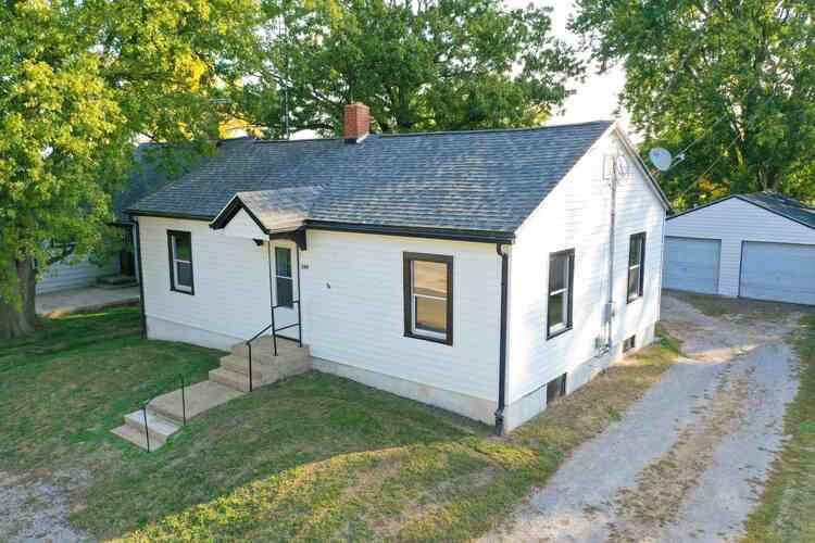 509 N Clark Street Reynolds, IN 47980 | MLS 202041144