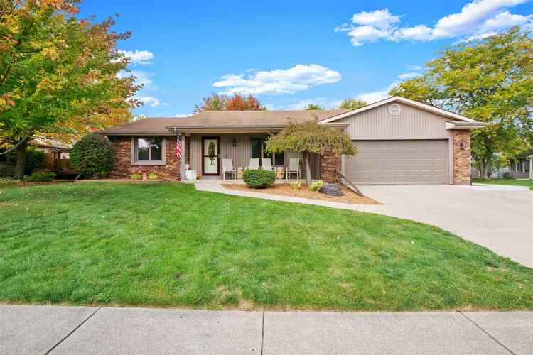 8920  Willow Grove Drive Fort Wayne, IN 46804 | MLS 202041945