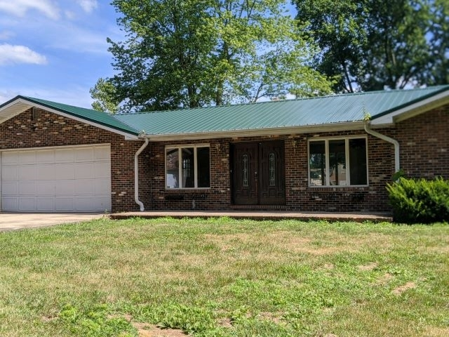 3867 S State Road 57  Washington, IN 47501 | MLS 202042302