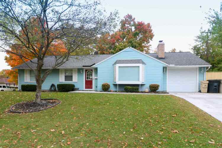 2928  Southridge Drive South Bend, IN 46614-1542   MLS 202042355