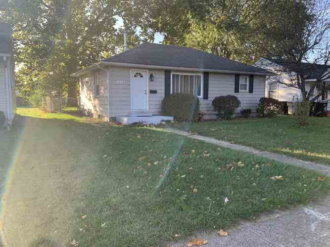 1513 N Wellington Street South Bend, IN 46628 | MLS 202042576