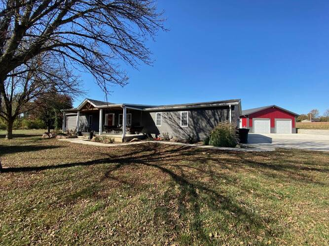 8022 E State Rd. 67 Road Bruceville, IN 47516 | MLS 202042944