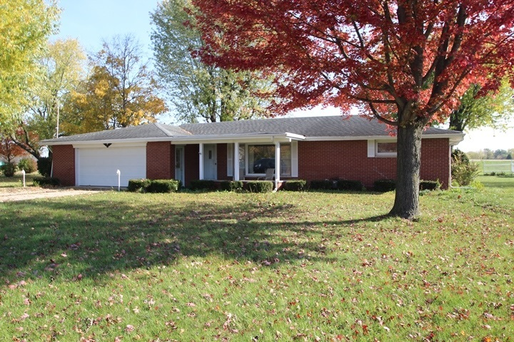 315 N Gillcrest Drive Albany, IN 47320   MLS 202042955