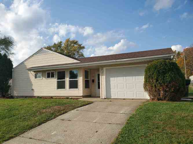 1309  Catherwood Drive South Bend, IN 46614 | MLS 202043004