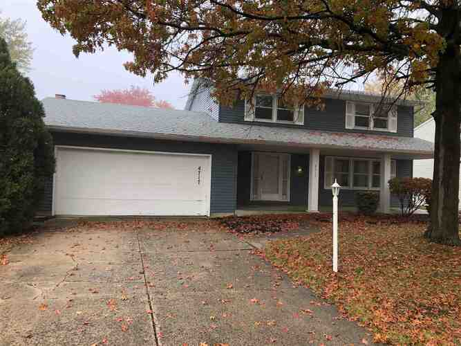 4717  Ottawa Drive Fort Wayne, IN 46835 | MLS 202043067