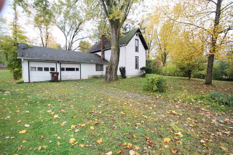 303  1st Street LaFontaine, IN 46940 | MLS 202043149