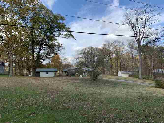 10908 E Hills And Dales Drive Selma, IN 47383-9641 | MLS 202043297