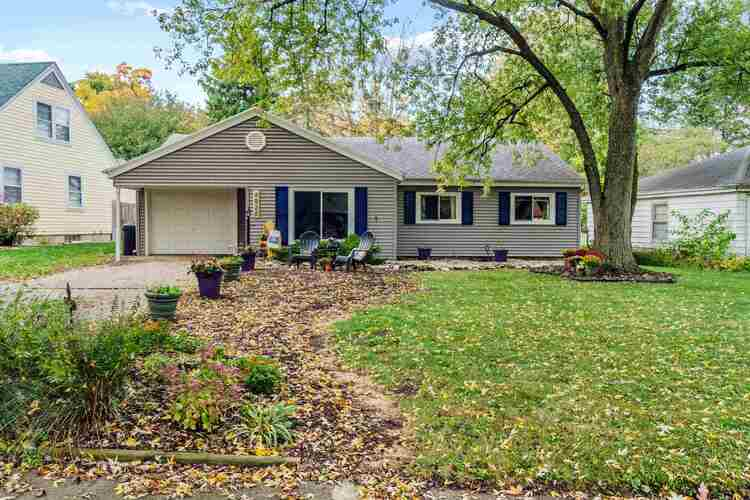4020  Wawonaissa Trail Fort Wayne, IN 46809-1459 | MLS 202043821