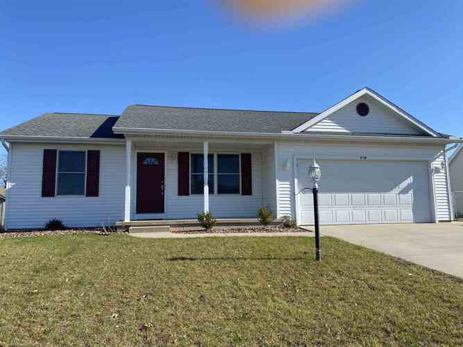 604  Heritage Drive Middlebury, IN 46540   MLS 202044548
