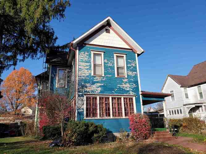 438 S Main Street Winchester, IN 47394 | MLS 202045587