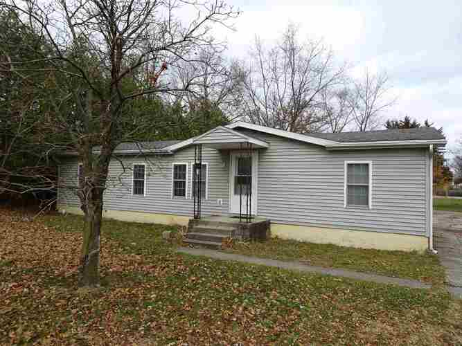 209  Park Avenue North Judson, IN 46366   MLS 202045814
