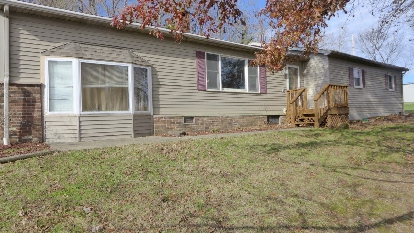 506 N GEIGER ST  Huntingburg, IN 47542 | MLS 202047554