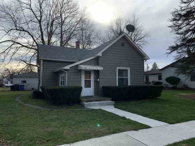 412 E Front Street South Whitley, IN 46787 | MLS 202048154
