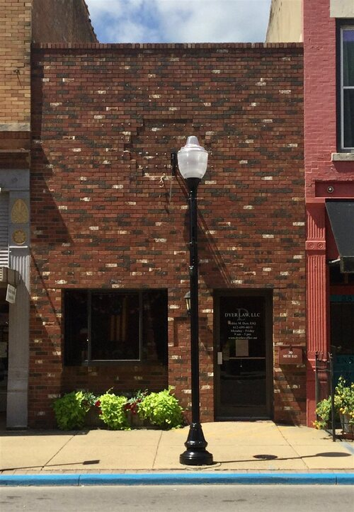 30 S Main Street Linton, IN 47441 | MLS 202048158