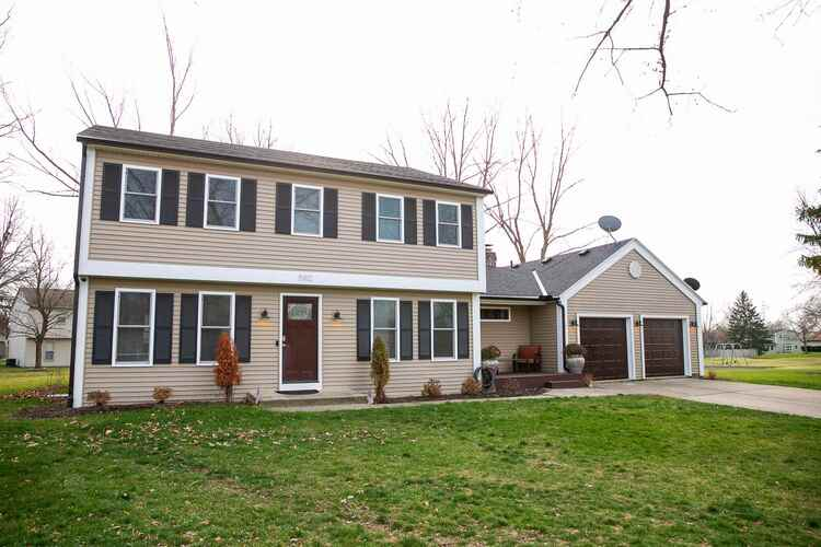5912  Fitchburg Place Fort Wayne, IN 46815 | MLS 202048767