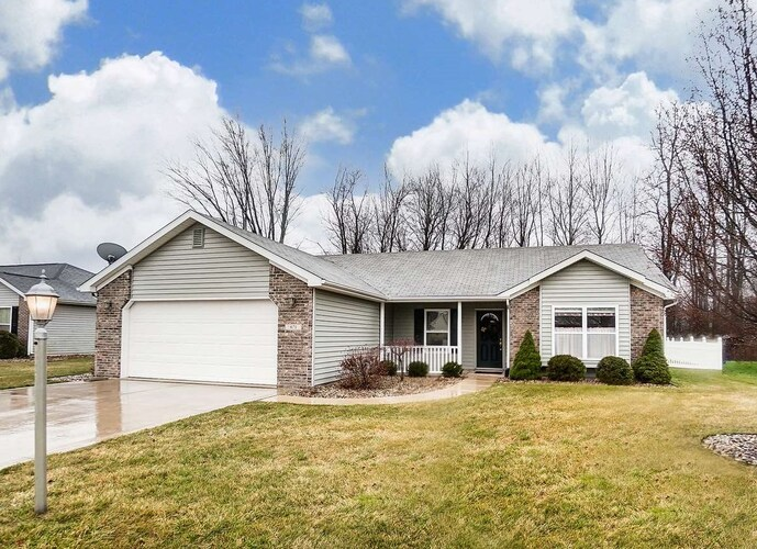 671  Stag Drive Warsaw, IN 46582-6733 | MLS 202050230