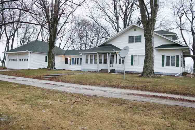 10260 S State Road #5 Road South Whitley, IN 46787 | MLS 202100145