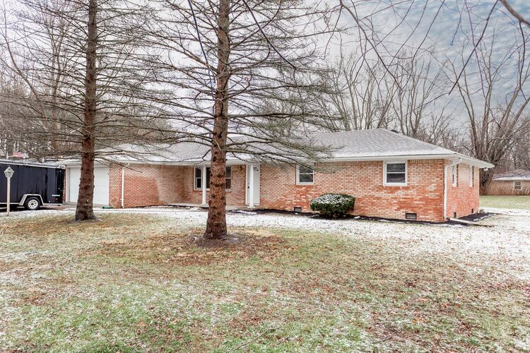 13000 W Council Road Yorktown, IN 47396 | MLS 202100193
