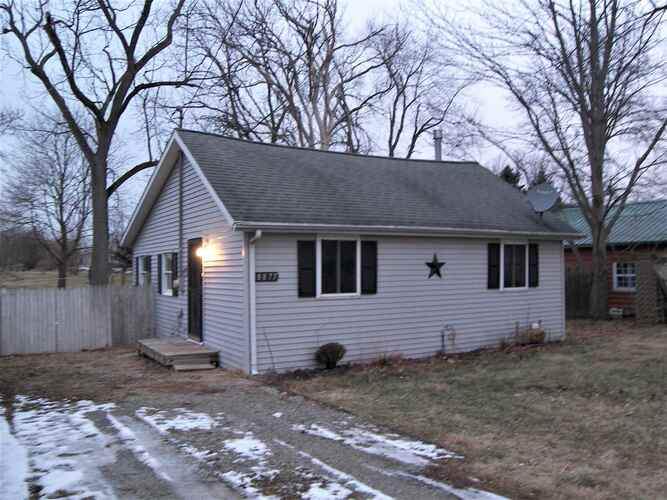 8877 S South Hill Drive Silver Lake, IN 46982 | MLS 202101756