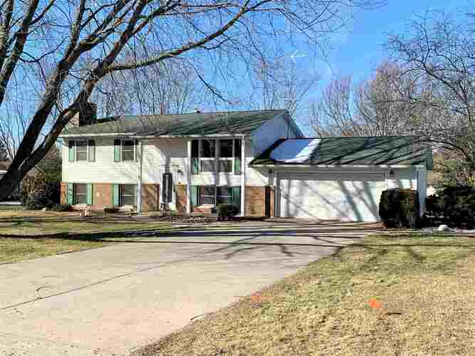 12782  Woodbury Drive Plymouth, IN 46563 | MLS 202102539