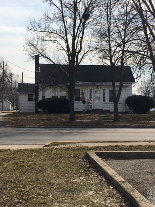 407 W Main Street North Manchester, IN 46962 | MLS 202103772