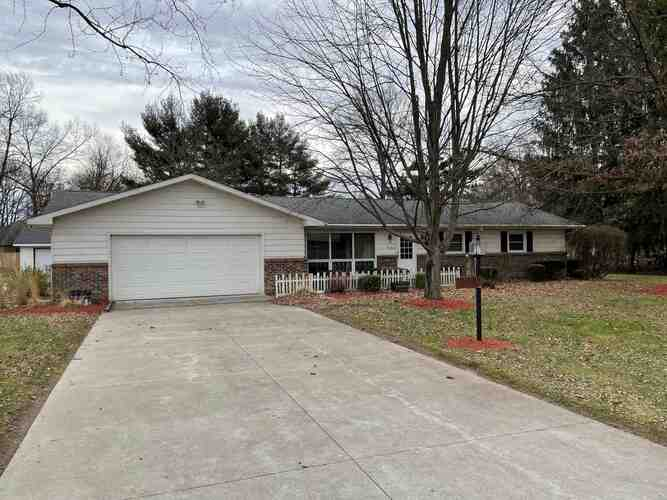 9760  Deer Trail Plymouth, IN 46563-8712 | MLS 202104437