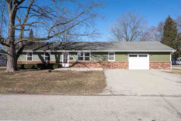 324 E Fourth Street Fairmount, IN 46928 | MLS 202104583