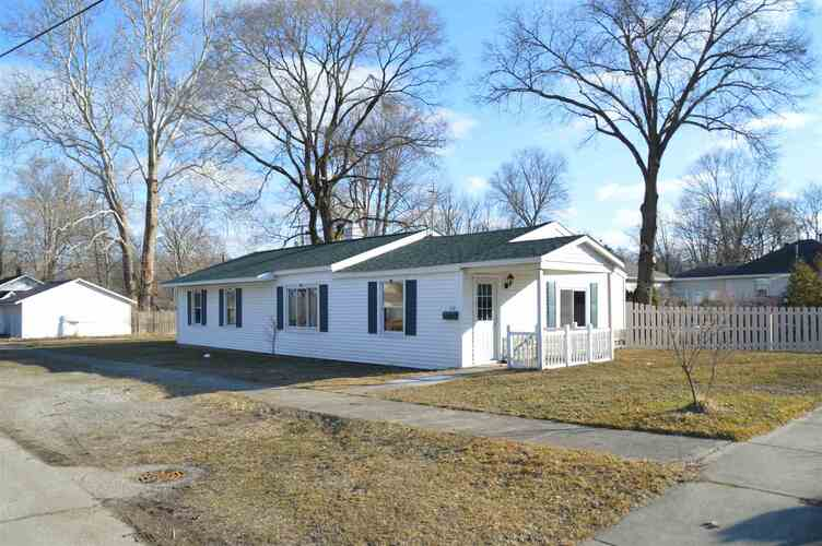 1316  Grand Avenue Elkhart, IN 46516 | MLS 202106285