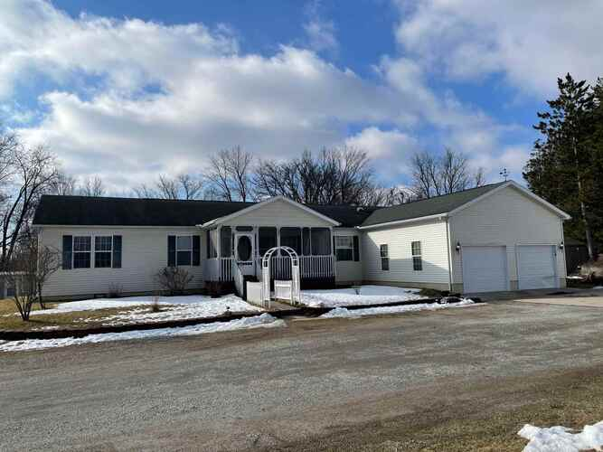5909  Michigan Road Plymouth, IN 46563 | MLS 202106970
