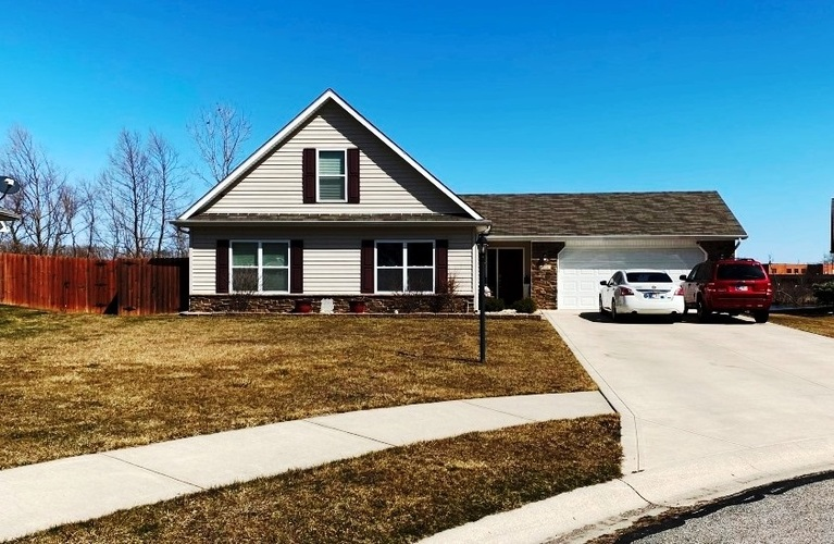 1904  Winesap Way Kendallville, IN 46755 | MLS 202109123