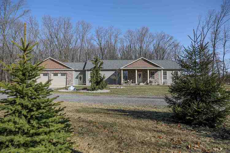 3686 S 450 West Road North Judson, IN 46366 | MLS 202109568