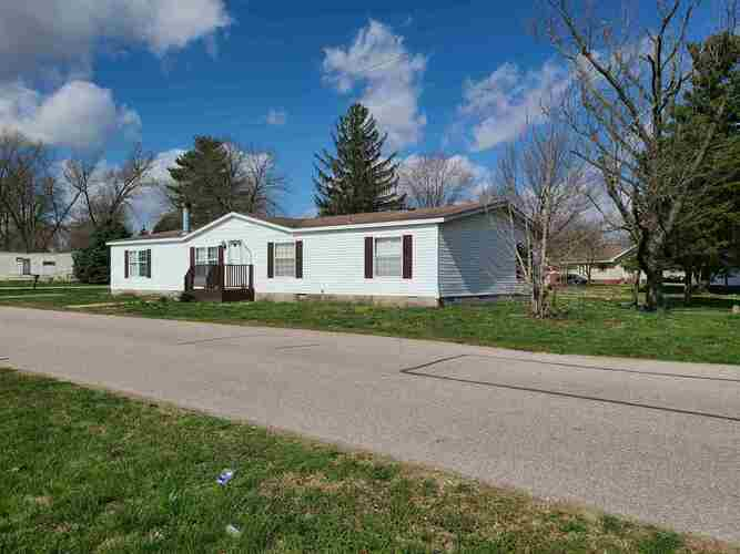 104 N Cleveland Street Bicknell, IN 47512 | MLS 202109878