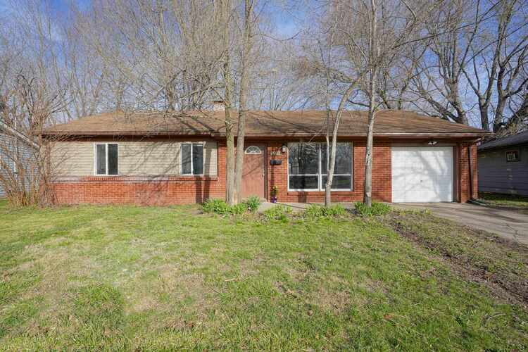 1917  Beverly Court Anderson, IN 46011   MLS 202110386