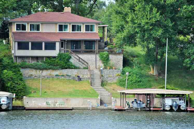 5547 N West Shafer Drive Monticello, IN 47960 | MLS 202110444
