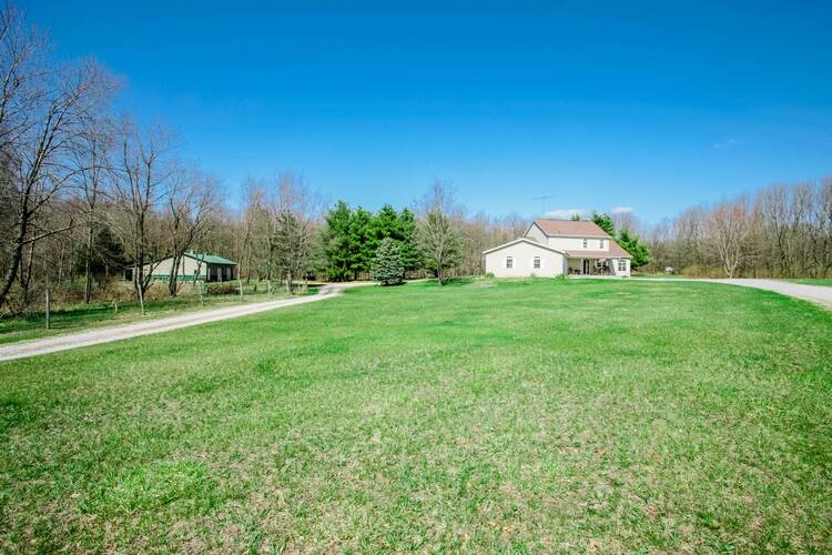 4647 W State Road 16 Highway Monon, IN 47959 | MLS 202110929
