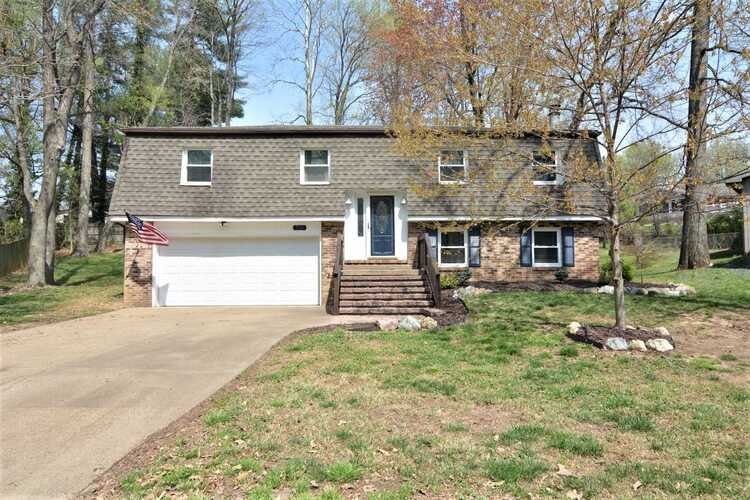 713  Forest Park Drive Newburgh, IN 47630   MLS 202111217