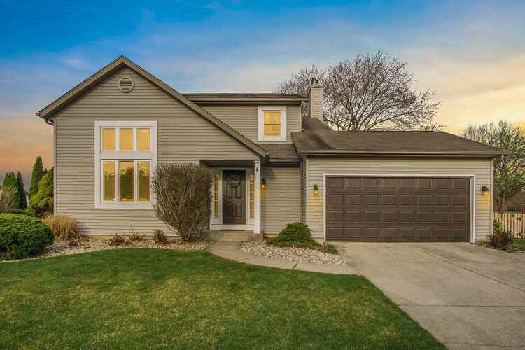 52163  Eagle Chase Drive Granger, IN 46530 | MLS 202111275