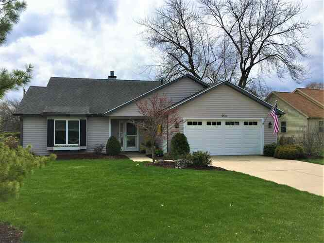 9505  Windmill Court Fort Wayne, IN 46804 | MLS 202111736
