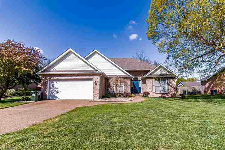 4155  Country Place Drive Newburgh, IN 47630 | MLS 202112817
