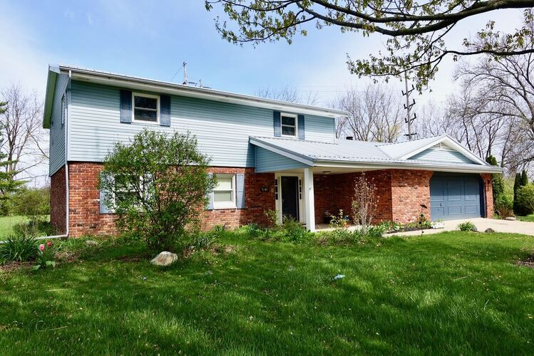 5104 N Cornwall Drive Muncie, IN 47304 | MLS 202113121