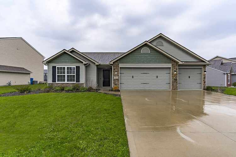 12843  Starling Cove Fort Wayne, IN 46845-8636 | MLS 202113747