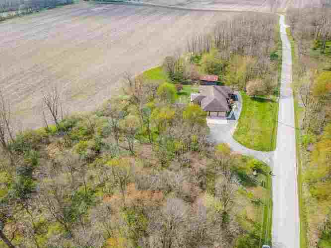 3326 N County Rd 100 E  New Castle, IN 47362 | MLS 202113907