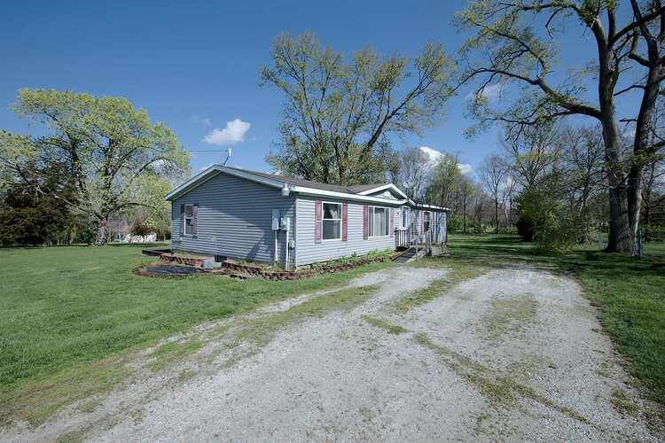 1890 W Old Slocum Trail LaFontaine, IN 46940-9280 | MLS 202113940