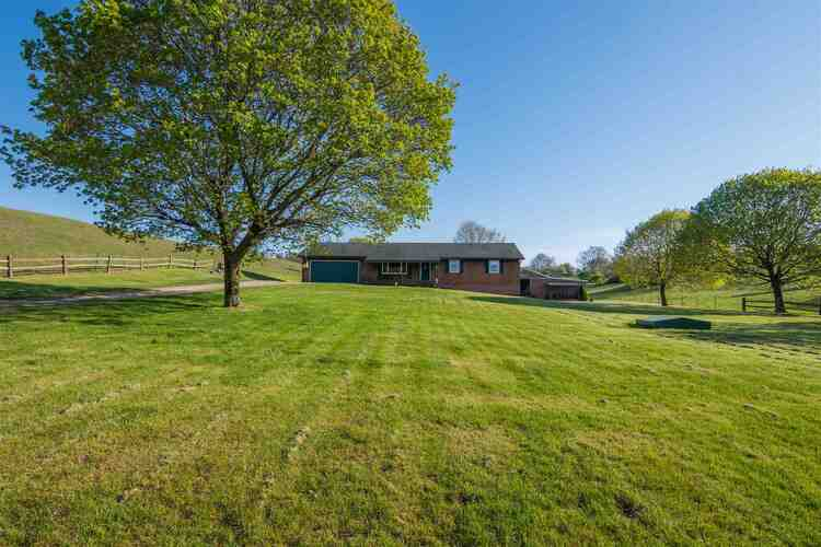 1885 E County Road 875 N  Springport, IN 47386 | MLS 202114407