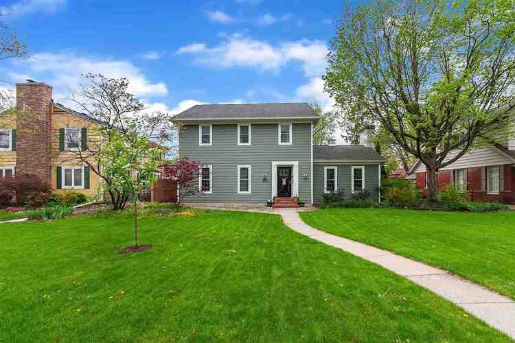 1238 S Wayne Street South Bend, IN 46615 | MLS 202114752
