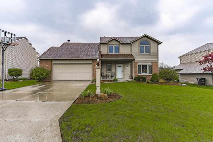 10802  Middleford Place Fort Wayne, IN 46818-8896 | MLS 202114895