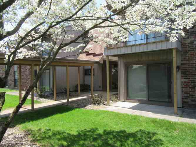 2005  Waterview Court South Bend, IN 46637 | MLS 202115286