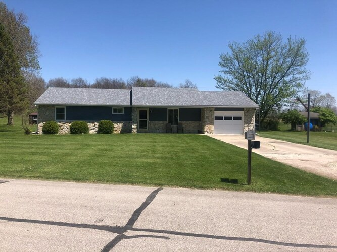615 N Gillcrest Drive Albany, IN 47320   MLS 202115665