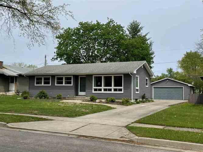 2902  Sherborne Boulevard Fort Wayne, IN 46805 | MLS 202115742